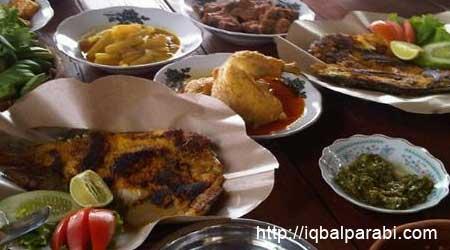 KULINER 18 Tempat Makan Enak di Jogja. Makanan khas Jogja BUKAN hanya ...